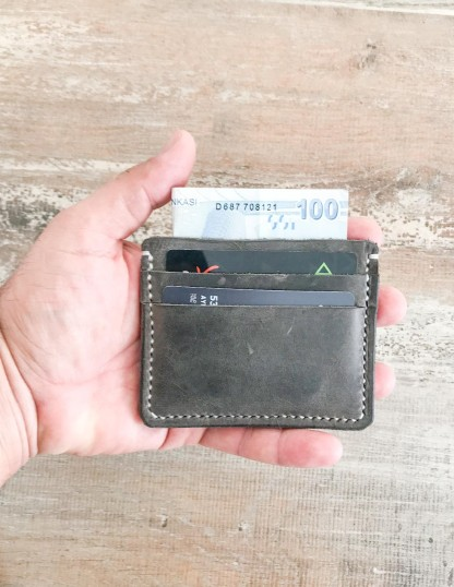 Handmade & Hand Stitched Minimalist Leather Card Wallet