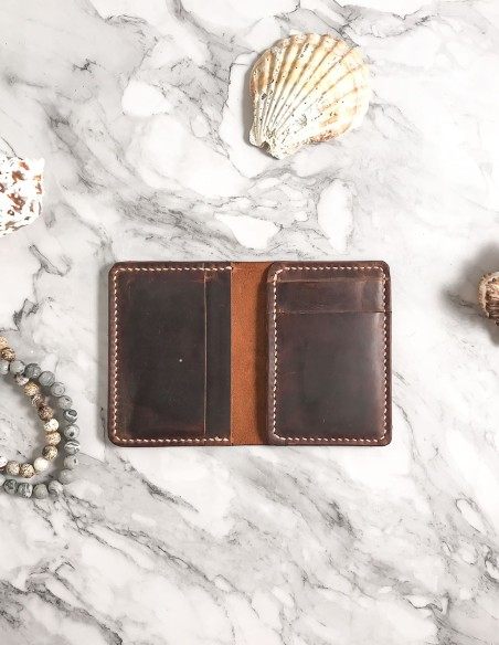Handmade Minimalist Vertical Leather Bifold Wallet